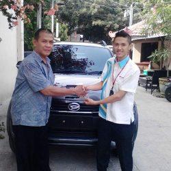 Foto Penyerahan Unit 5 Sales Marketing Mobil Dealer Daihatsu Jakarta Barat Bayu