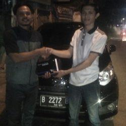 Foto Penyerahan Unit 7 Sales Marketing Mobil Dealer Daihatsu Jakarta Barat Bayu