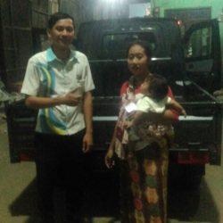 Foto Penyerahan Unit 4 Sales Marketing Daihatsu Jakarta Barat Agung