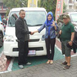 DO-1-Sales-Marketing-Mobil-Dealer-Daihatsu-Dessy