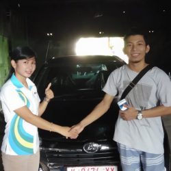DO-11-Sales-Marketing-Mobil-Dealer-Daihatsu-Dessy