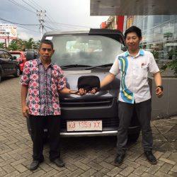 Foto Penyerahan Unit 8 Sales Marketing Mobil Dealer Daihatsu Pontianak Riyanto