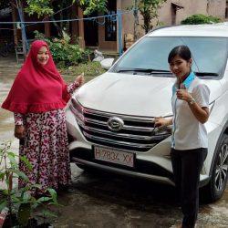 DO-9-Sales-Marketing-Mobil-Dealer-Daihatsu-Dessy