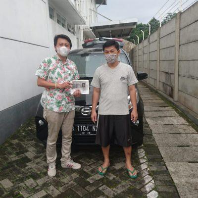 Foto Penyerahan Unit Sales Daihatsu Steven (5)